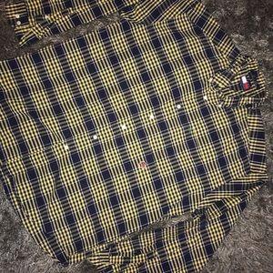 Tommy Hilfiger crest thick button up dress shirt